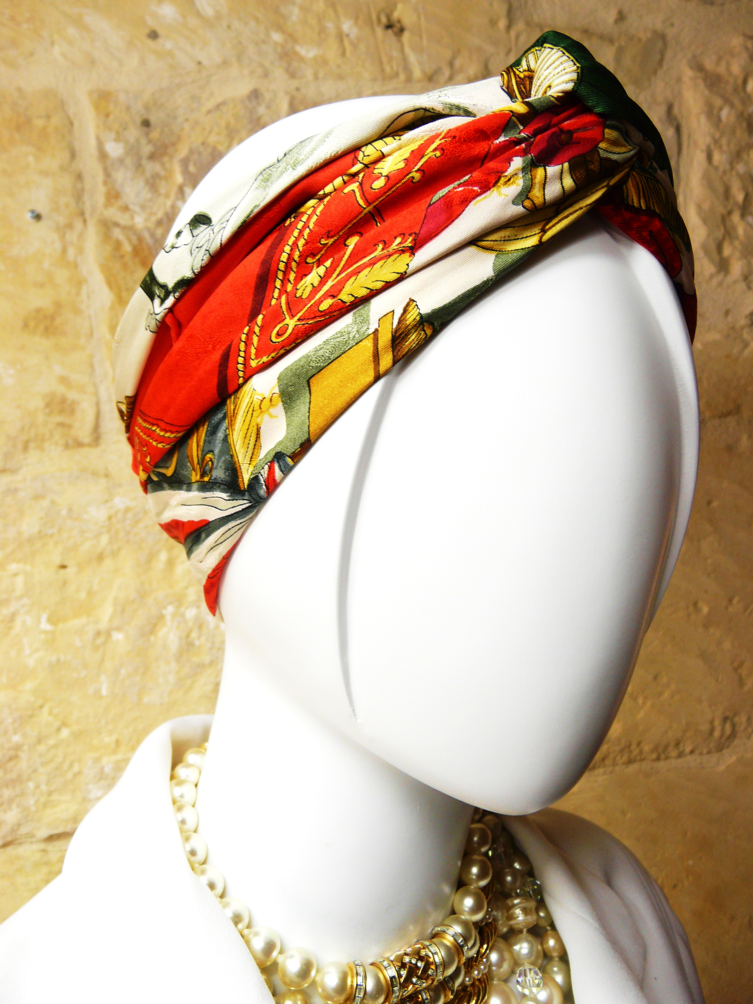 Can you guess this scarf?