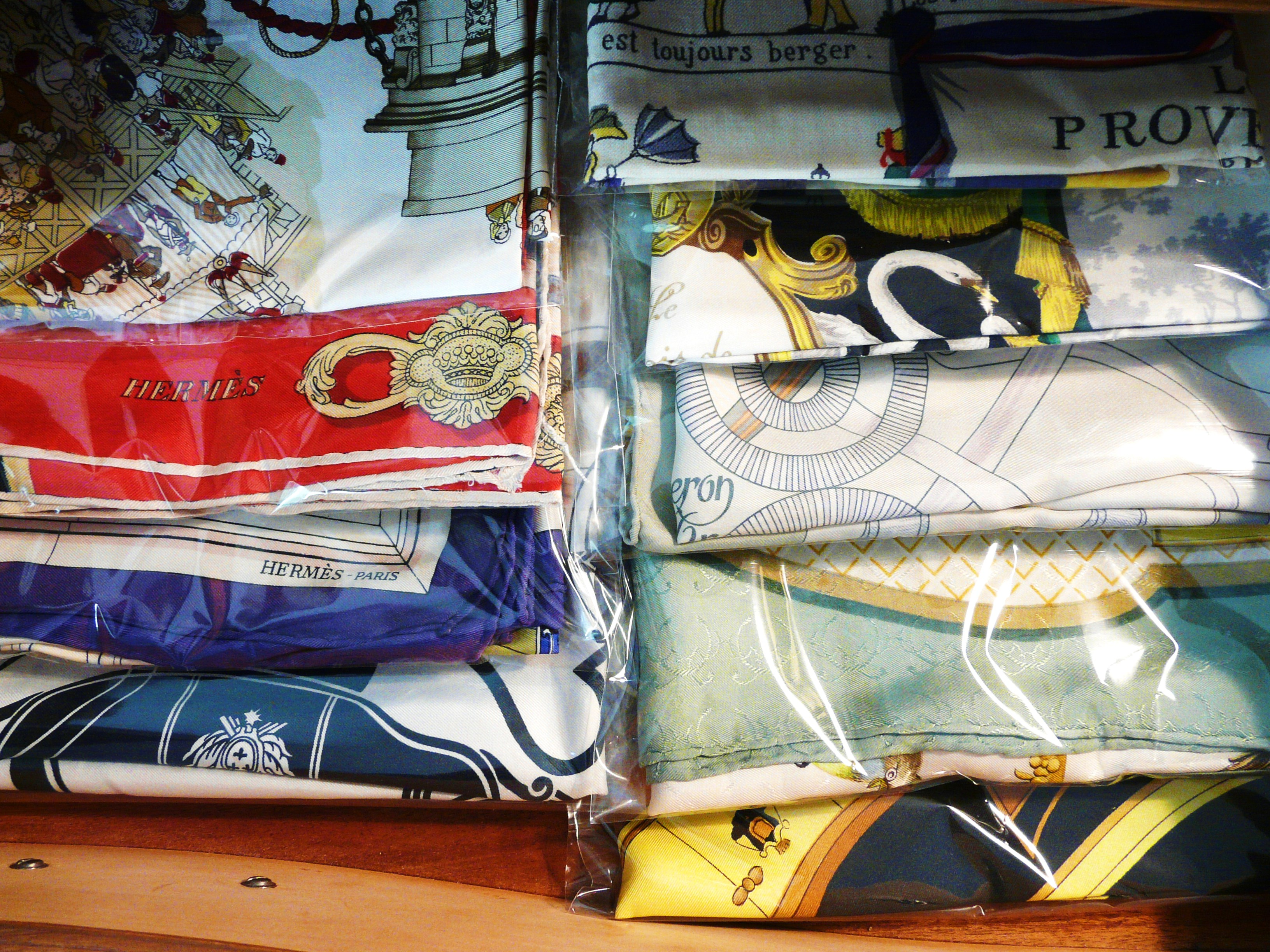 How I store my HERMES scarves