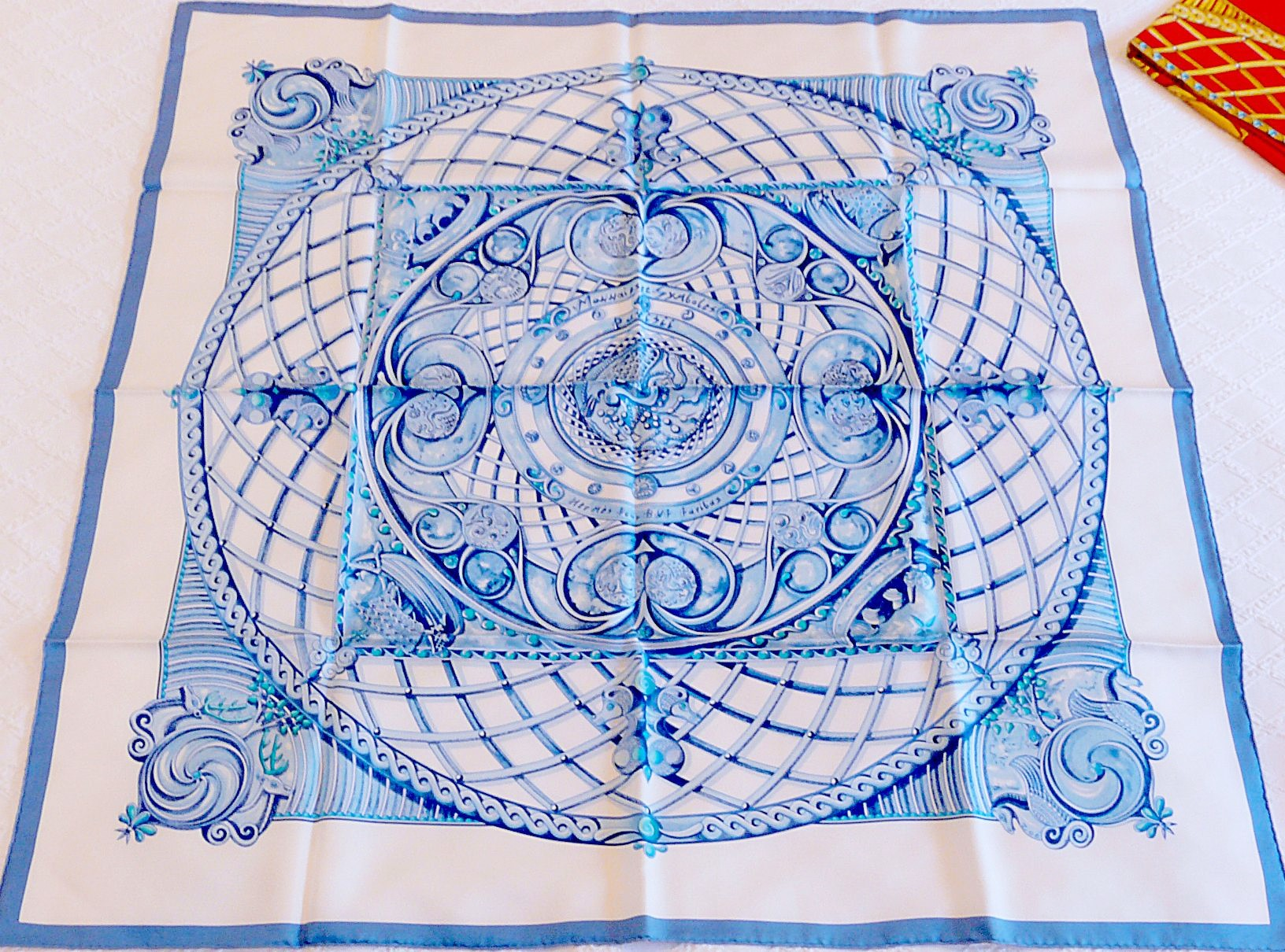 Monnaies et Symboles de Parisii HERMES Lt Blue